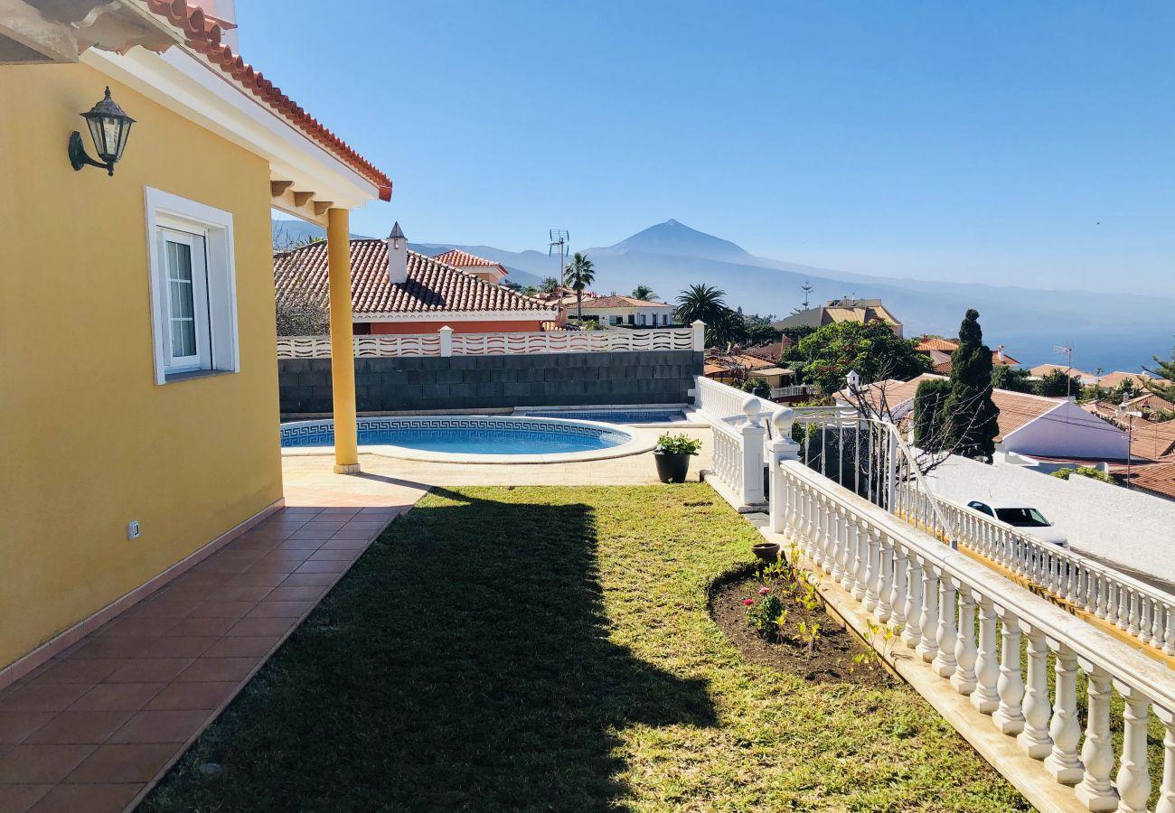 Villa en Tacoronte - Home2Book Luxury El Helecho del Teide, Private Pool