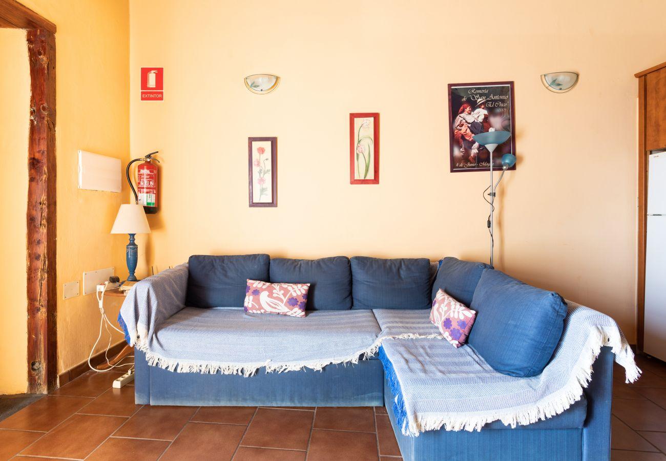 Casa rural en Taibique - Home2Book Charming Rustic House El Pinar & Wifi