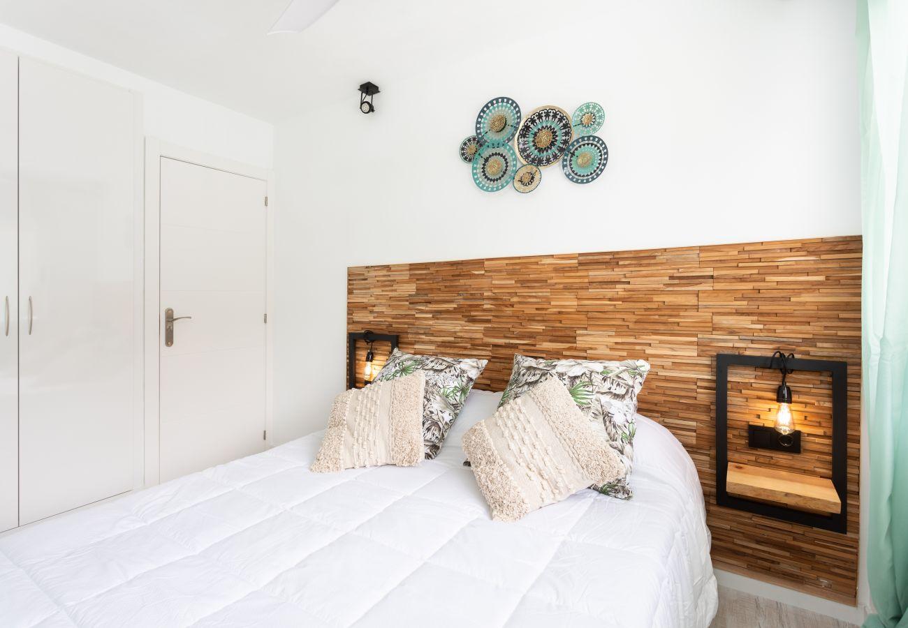 Apartamento en Arona - Home2Book Design Las Américas Pool & Terrace