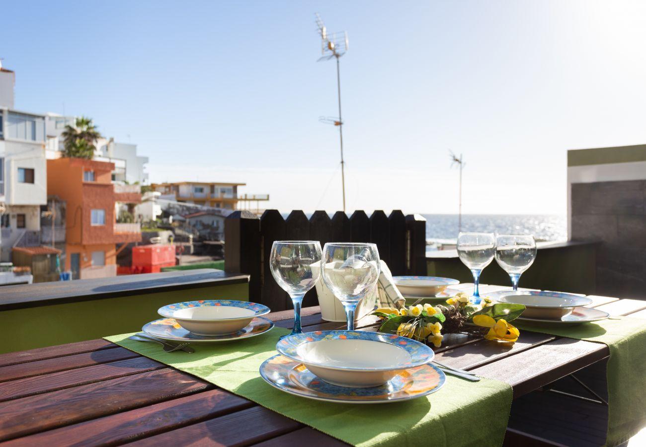 Casa adosada en Güimar - Home2Book Stunning Sea Front House +Wifi