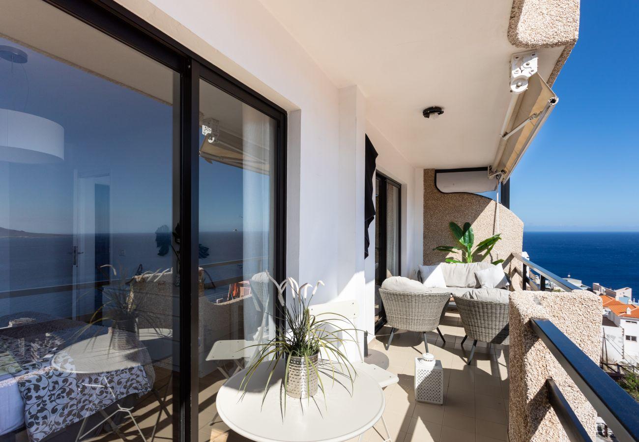 Apartment in El Rosario - Home2Book Beautiful View Of The Bay & Wifi