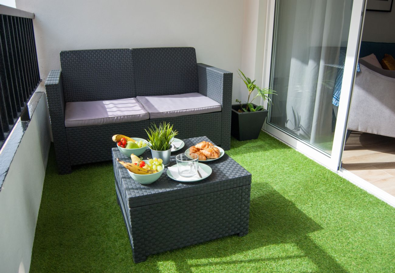 Apartment in Santa Cruz de Tenerife - Home2Book Modern Center Apartment +WiFi & Terrace