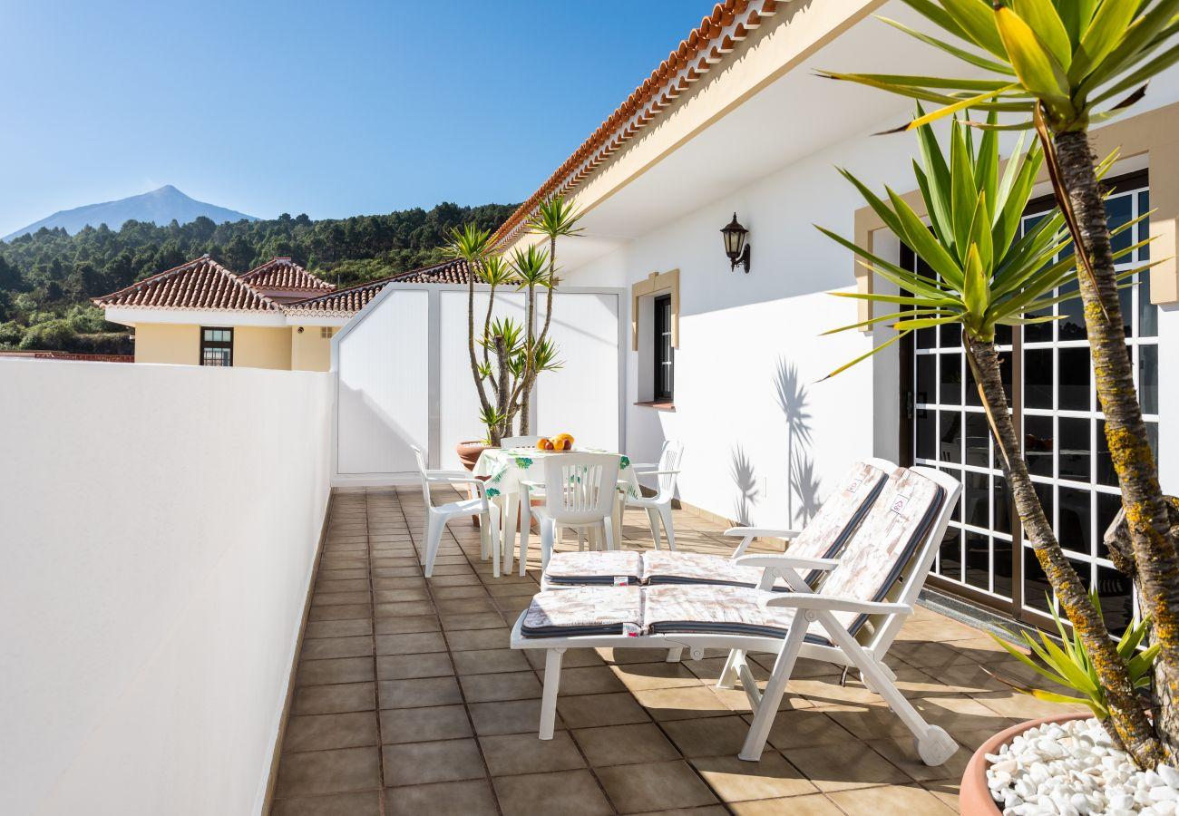 Apartment in El Tanque - HomeLike Volcano Views & Terrace El Tanque +2px