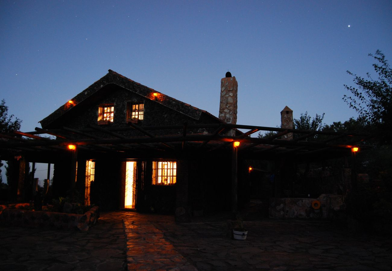 Cottage in El Tanque - Home2Book Volcano Views ECO-House + Wifi