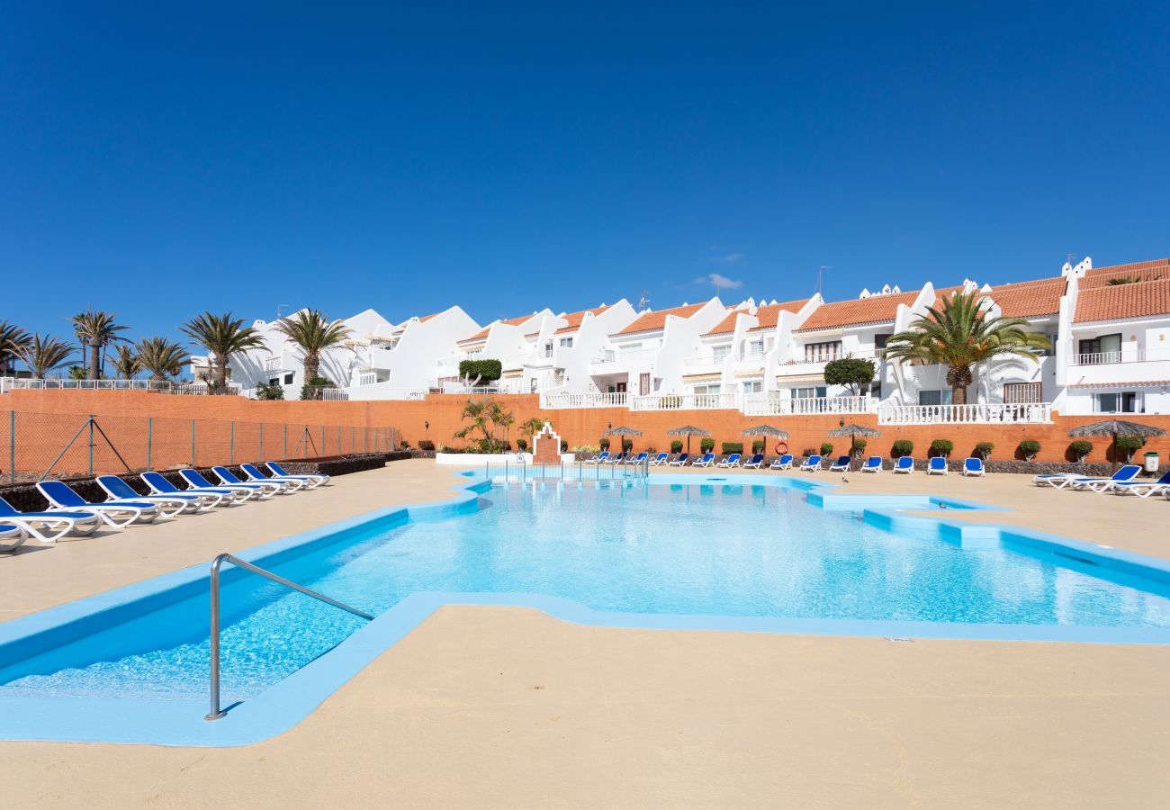 Apartment in San Miguel de Abona - Home2Book Bright Apartment Golf del Sur, Pool & Terrace