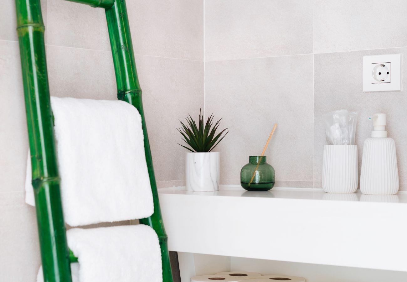 Apartment in Santa Ursula - Avant-garde design apartment overlooking the Teide