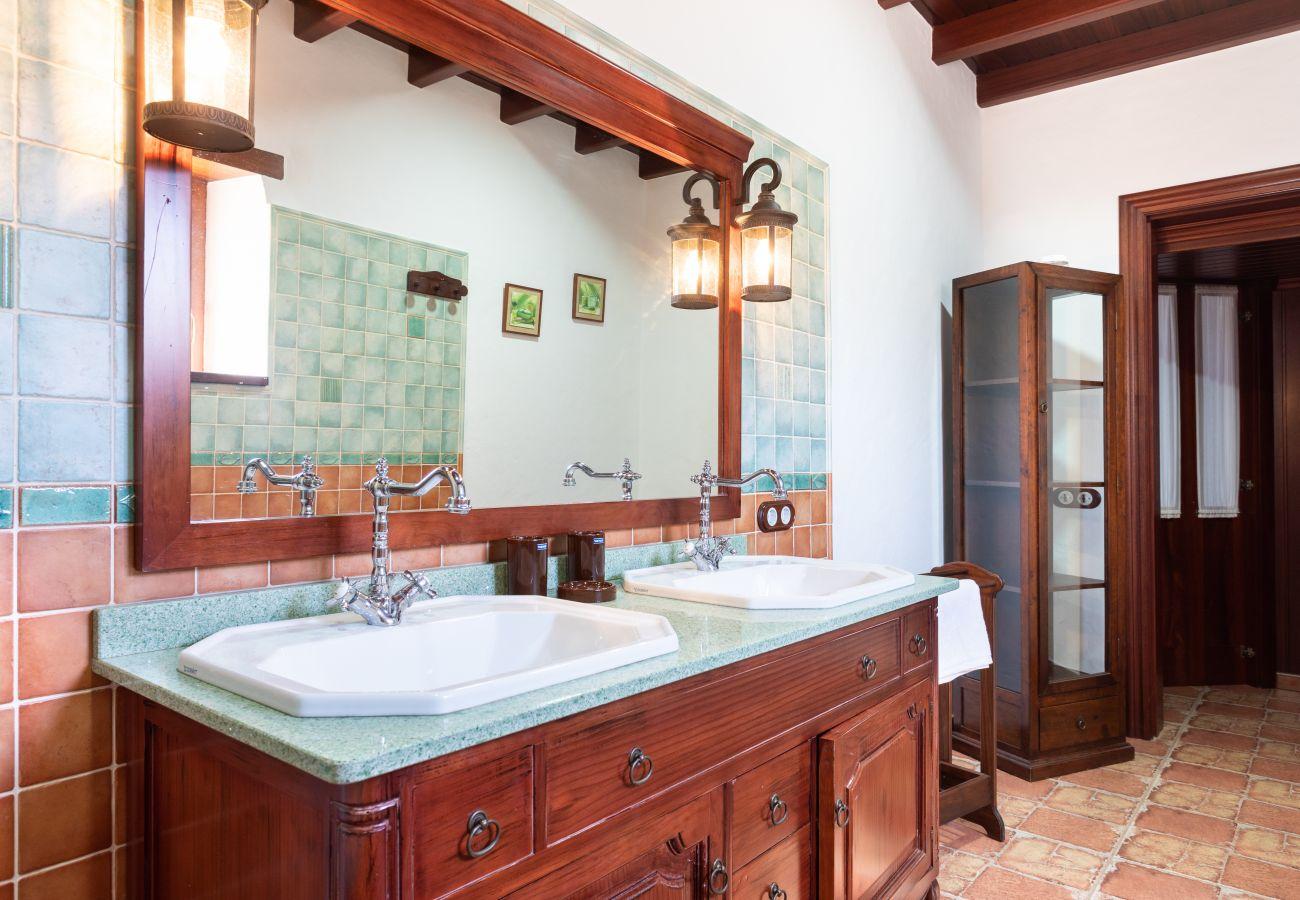 Villa in Puerto del Rosario - Home2Book Finca Dos Ruedas
