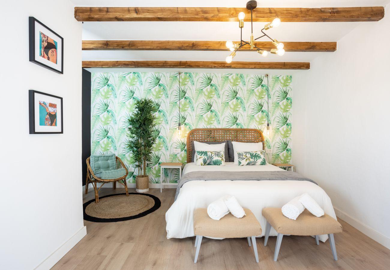 Apartment in San Cristobal de La Laguna - Home2Book Vintage American Deluxe La Laguna