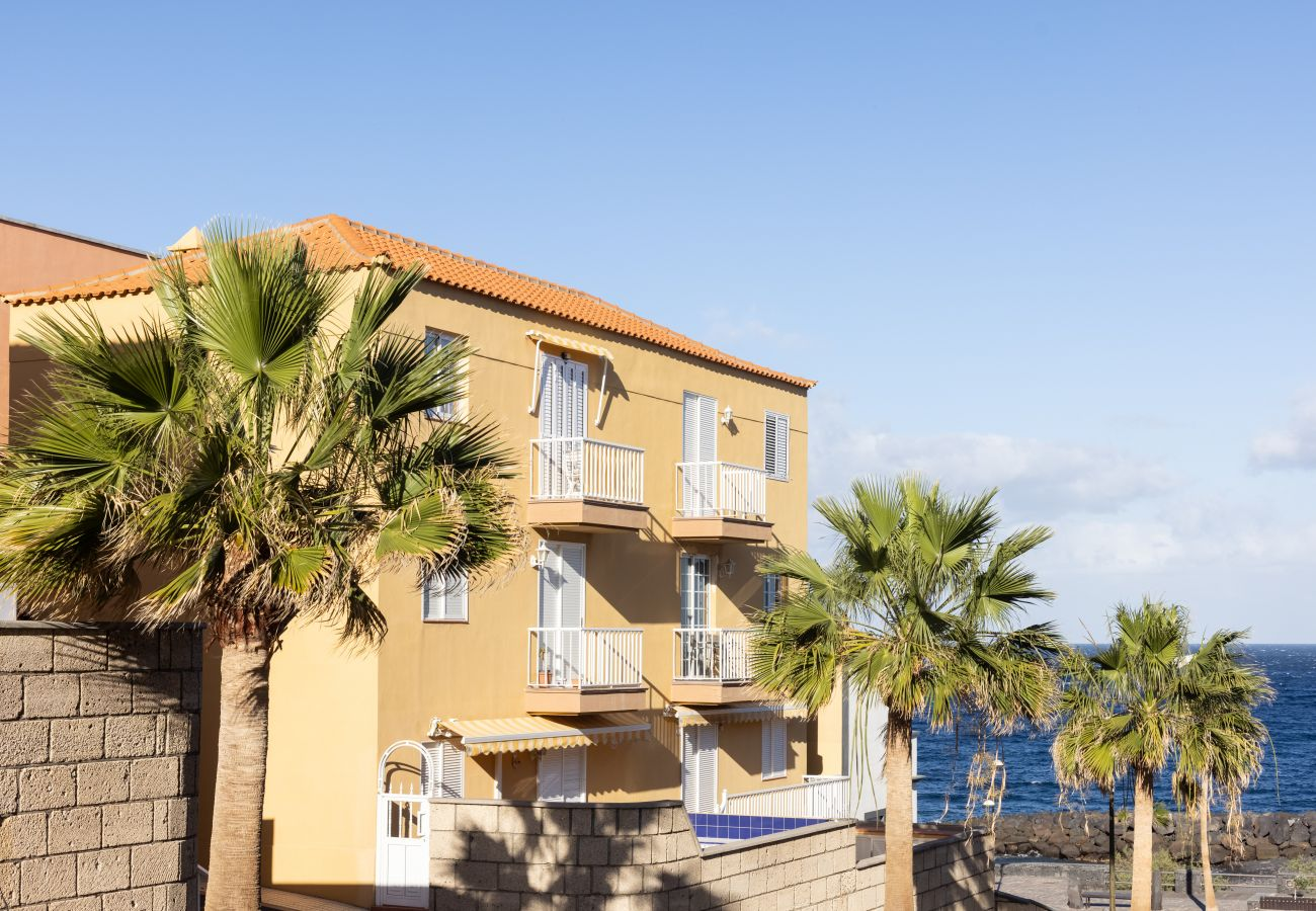 Apartment in Candelaria - Home2Book Las Caletillas Avenue & Beach
