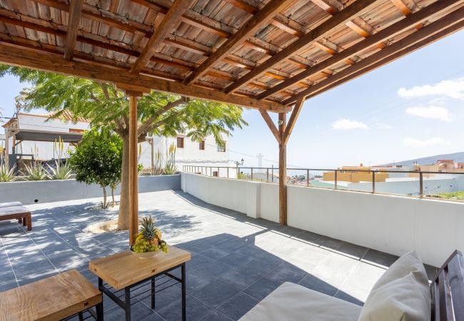in Arafo - Home2Book Stunning Design House Arafo